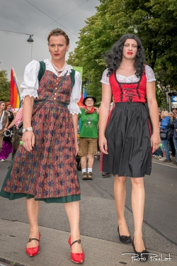 20150620_Regenbogenparade_0020.jpg