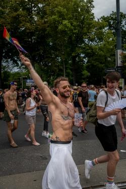 20190615Regenbogenparade190013